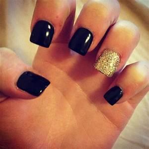 Black and gold nails | Nails