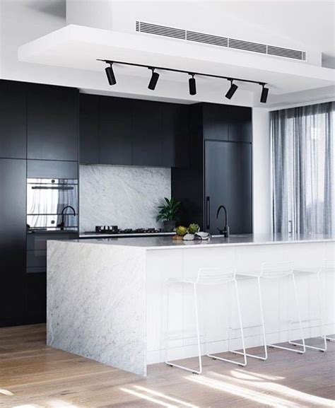 kitchens with track lighting 25 best ideas about kitchen track lighting on 6652