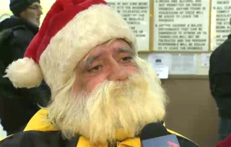 Homeless Santa Claus Receives Early Christmas Present ...