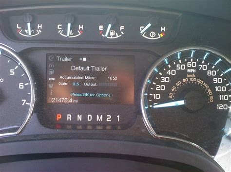stuck  trailer screen  dash display ford