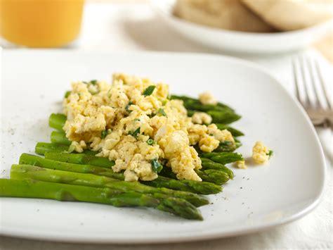 cuisiner les asperges vertes fraiches asperges recettes avec des asperges vertes ou blanches