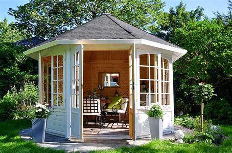 Moderne Gartenpavillons