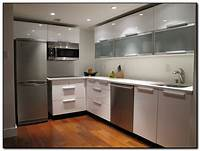 contemporary kitchen cabinets The Benefits of Having Modern Kitchen Cabinets | Home and ...
