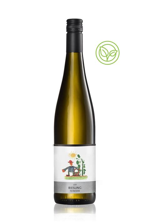 Riesling Feinherb WINE MOMENTS