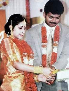 Happy Wedding Anniversary Vijay and Sangeetha: Rare and ...