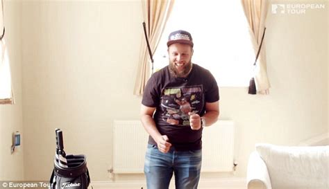 Andrew 'beef' Johnston Shows Off Swanky Home Cinema In