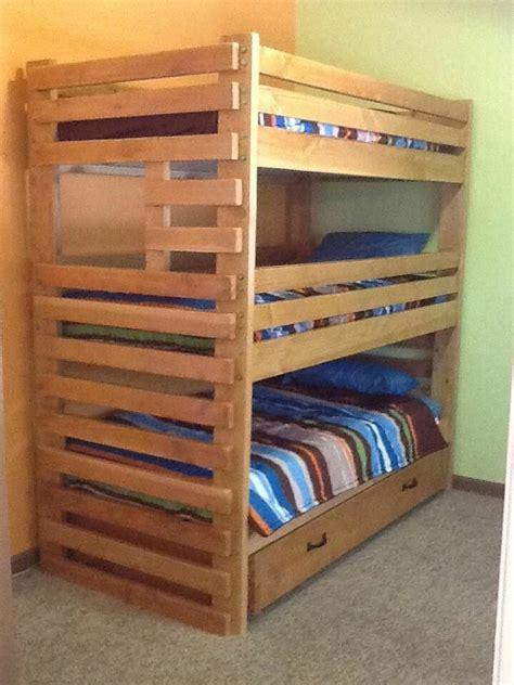 triple bunk bed plans images  pinterest bunk