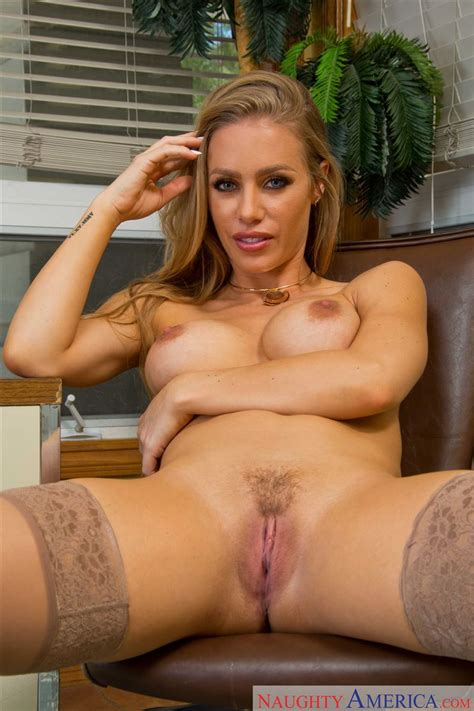 Nicole Aniston Gets Nailed On A Desk In Nude Stockings