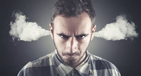 7 Proven Ways to Deal with Angry Customers | Jobber Academy