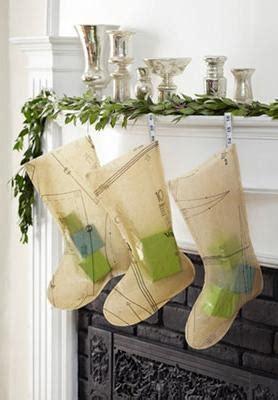 ways  recycle christmas tree decorations  creative holiday decor