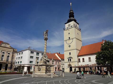 Eine einreise aus der slowakei nach österreich muss nicht mehr (beruflich) begründet sein, eine registeirung vor einreise ist weiterhin nötig. Ausflugsziel Trnava Slowakei - das slowakische Rom - Stadtführung