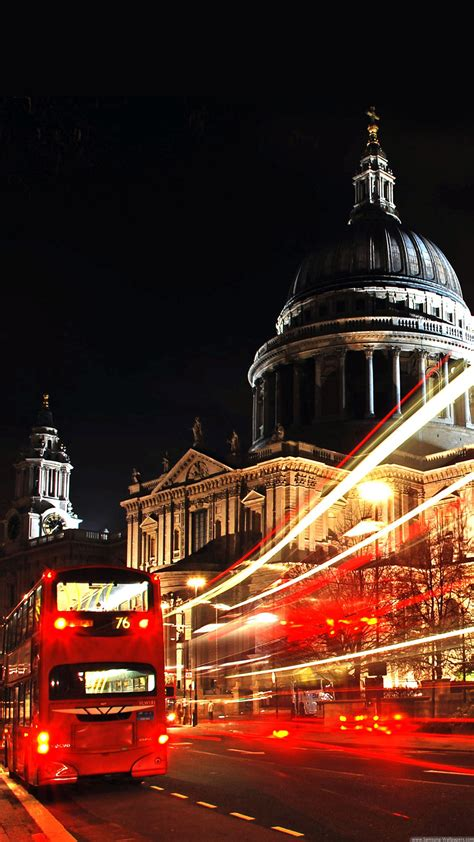 London St Paul Cathedral Double Decker Iphone 6 Plus Hd