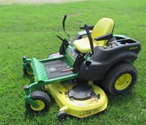 John Deere Z445  Z465 Eztrak Riding Lawn Residential Mower