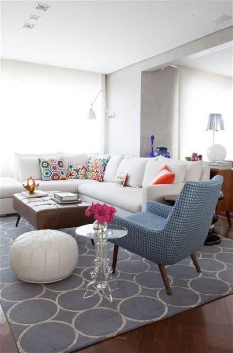 sala sofa cinza e poltrona azul 70 tapetes para sala de estar e tv imperd 237 veis