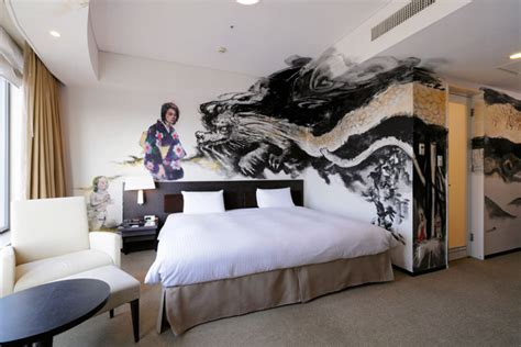 park hotel tokyo shows  japanese aesthetics  hand