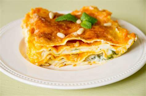cuisiner du potiron godiche lasagnes au potiron parmesan menthe et pignons
