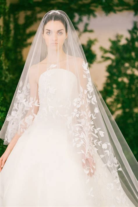 The Wedding Veil Styles Thatll Be Trending In 2018 Who