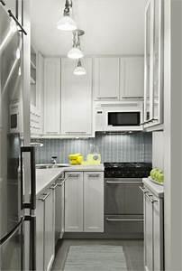 Moderne Küchen Für Kleine Räume : kleine r ume einrichten n tzliche tipps und tricks ~ Frokenaadalensverden.com Haus und Dekorationen
