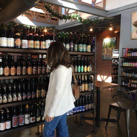 Craft Tasting Room And Growler Shop, Charlotte Omdömen