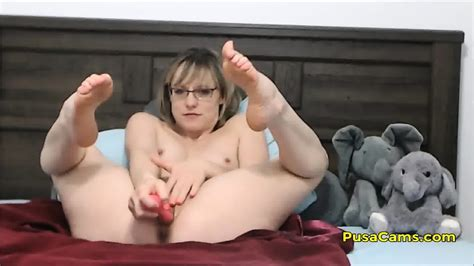 Us Short Hair Milf With Glasses Squirting Orgasm Eporner