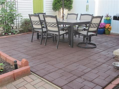 envirotile recycled rubber tiles gardening and outdoors