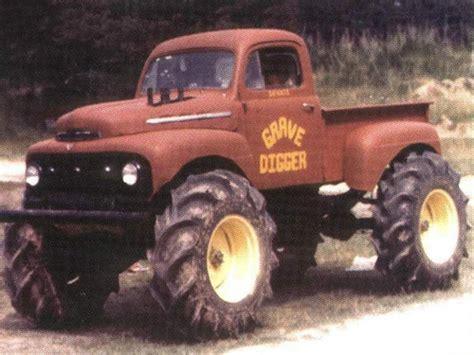 old grave digger monster truck grave digger flickr photo sharing