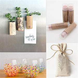 Wedding favors stunning astonishingg exciting examples of for Cheap wedding party gifts