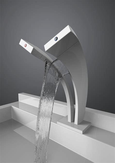 modern  elegant tap  shows  hot  cold blend