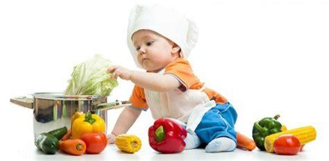 enfance petits pots pour b 233 b 233 trop sal 233 s trop sucr 233 s et pas assez nutritifs cesad fr