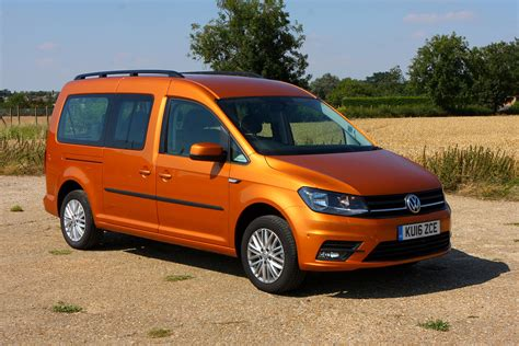 volkswagen caddy volkswagen caddy maxi life estate review 2015 parkers