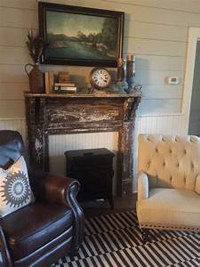 Old, Fireplace, Mantle, And, Shiplap, In, Farmhouse, Sitting, Room
