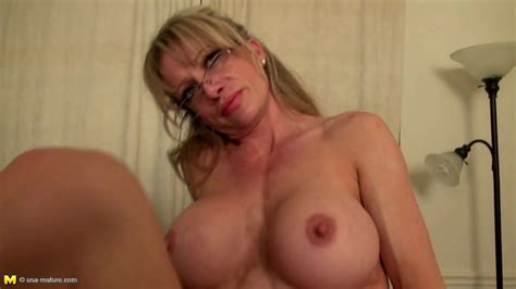 Old But Fucking Hot Mature American Mom Free Porn Sex Videos Xxx Movies