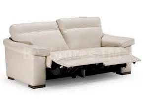 reclining sofa natuzzi editions leather reclining sofa b814 sofas b814 reclining sofa 3