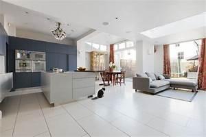 Offene Wohnküche Mit Wohnzimmer : eine offene k che verbindet kochen und essen wohnen und relax ~ Watch28wear.com Haus und Dekorationen