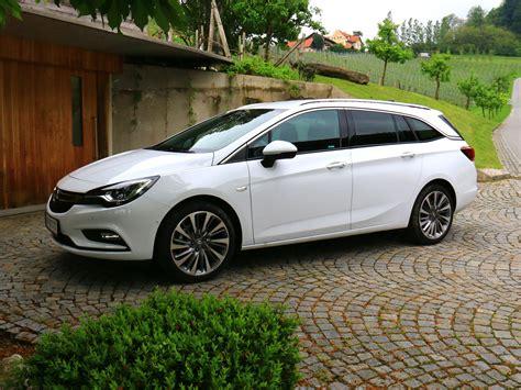 Opel Astra Sport by Opel Astra Sports Tourer Fahrbericht Autoguru At
