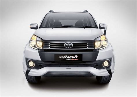 Avanza Veloz 2019 Hd Picture by 2019 Toyota Review Price Exterior Interior