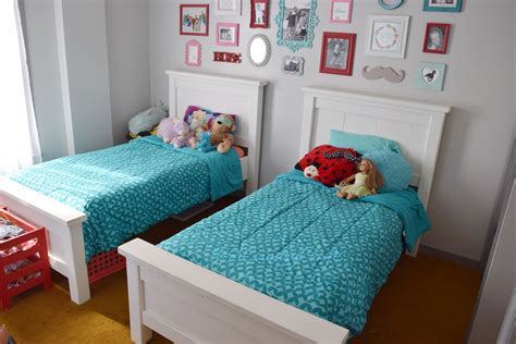 Ana White Farmhouse Twin Beds Pa Country Crafts