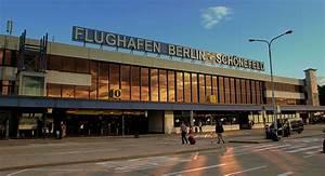 Aeroport De Berlin : berlin sch nefeld airport wikipedia ~ Medecine-chirurgie-esthetiques.com Avis de Voitures