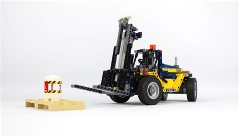 lego technic stapler lego technic schwerlast gabelstapler 42079 im review