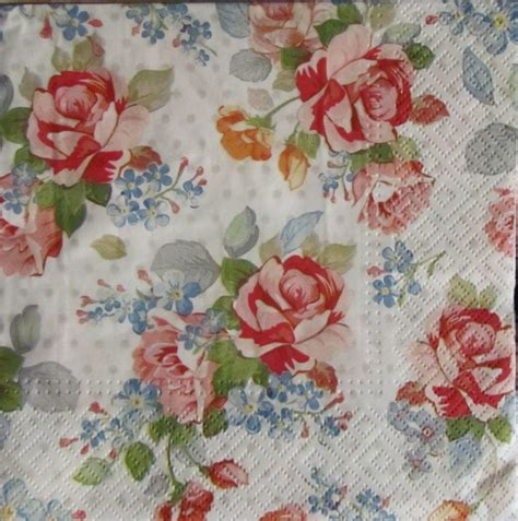 shabby chic napkins 20 shabby chic rose design paper napkins serviettes beautiful stunning napkins ebay