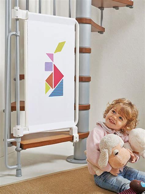 barrieres de securite escalier barri 232 re de s 233 curit 233 enfants pour escaliers en kit kalypto