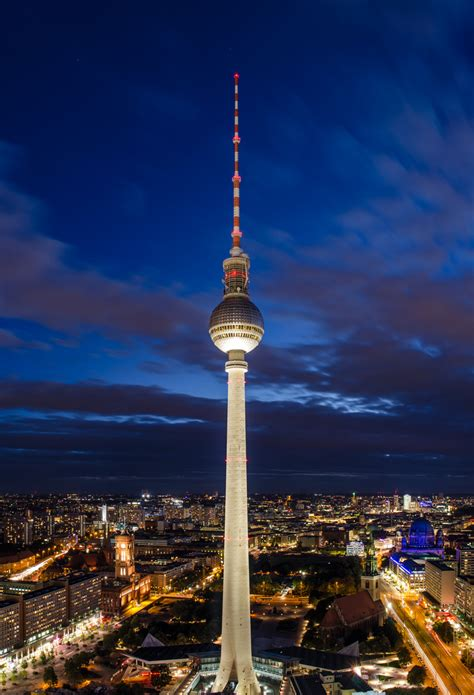 Fernsehturm Berlin by Fernsehturm Berlin Foto Bild Architektur Architektur
