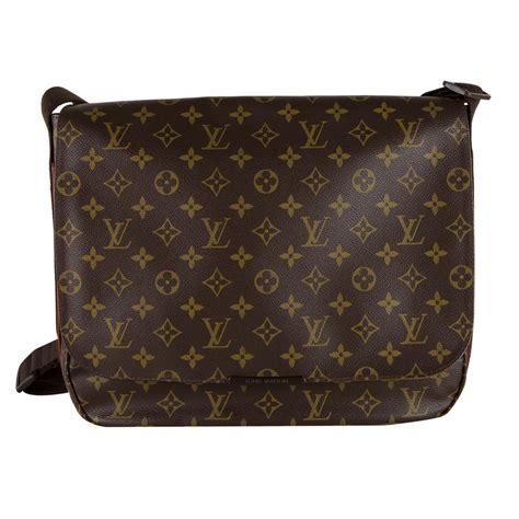 shop louis vuitton beaubourg messenger mm bag