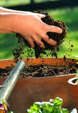 essential garden tools  hand tools