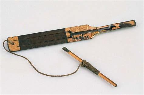 Geso merupakan alat musik yang dimainkan dengan cara digesek yang berasal dari sulawesi tengah. 12+ Alat Musik Palembang yang Terkenal Di Pulau Sumatera, Apa Saja?