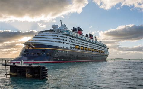 disney cruise line just announced new cruises for 2019 here s when you ll need to book