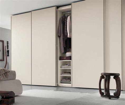 armoire chambre portes coulissantes armoire blanche dans la chambre à coucher 25 designs
