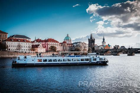 one hour river cruise prague boats cz