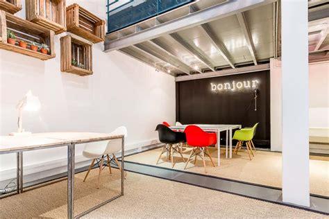 location bureaux 17 coworking créatif bureaux studios rue de la jonquière