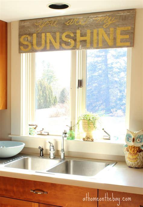 usual kitchen window treatment